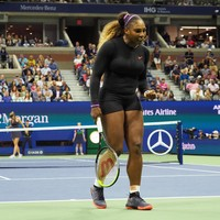 Williams rinses Sharapova while Federer survives surprise scare to progress