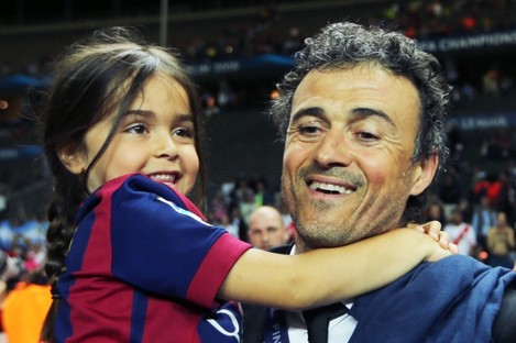 Enrique and his daughter Xana after the 2015 Champions League final.