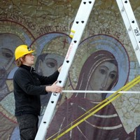 Pilgrim ponchos and altar wine: The Eucharistic Congress in numbers