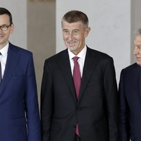 Eastern European leaders back EU expansion to include Balkan states