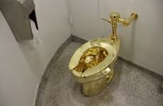 Toilet made out of gold stolen from palace in England