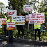 Farmers end blockades at several beef processing sites