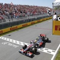 Hamilton takes Canadian Grand Prix