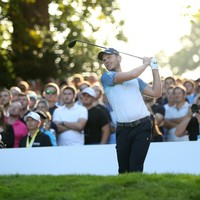 Willett and Rahm share Wentworth lead as McIlroy battles with 65