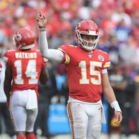 Mahomes shines as Chiefs remain unbeaten with NFL win over Ravens