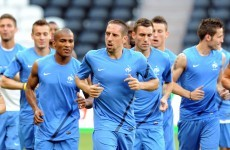 Old enemies: France expect physical test from England
