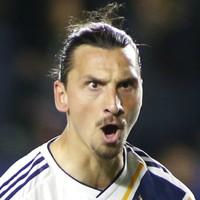 Zlatan Ibrahimovic goal helps LA Galaxy clinch play-off spot