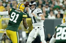 Wentz's Eagles upstage Rodgers and Packers