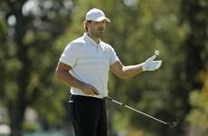 Ex-NFL star looks to make first PGA cut