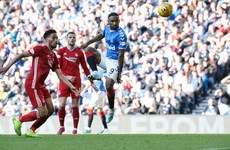 Jermain Defoe helps Rangers thrash Aberdeen to close in on Celtic