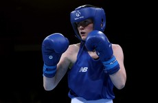 Ceire Smith marches into World Championships last 16
