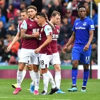 Hendrick grabs Burnley winner at Turf Moor as Coleman sees red for Everton