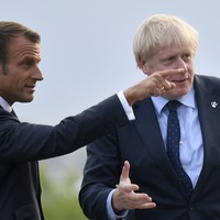Macron tells Boris: The EU will decide by the end of this week whether a Brexit deal is possible