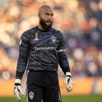 Ex-Everton and Man United goalkeeper Tim Howard ends 21-year playing career
