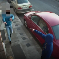 Man (30s) arrested in relation to armed robbery of pedestrian in Dublin on Monday