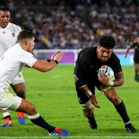 Watch: England lineout disaster sets up tense ending against All Blacks