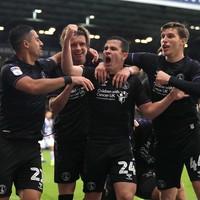 Ireland midfielder Josh Cullen scores 94th-minute penalty to earn Charlton a point
