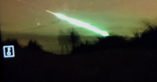 'Green ball of fire' - A stunning green fireball lit up the Irish sky last night