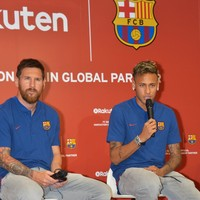 Barca players offered to alter their contracts so club could sign Neymar