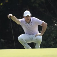 McIlroy holds one shot lead ahead of final round in Shanghai