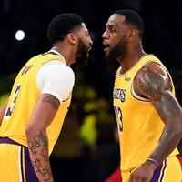 LeBron's Lakers win fifth straight game, Kawhi leads Clippers