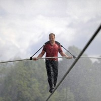 Daredevil gets set for Niagara Falls tightrope crossing