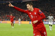 Lewandowski helps manager-less Bayern Munich reach Champions League knockout stages