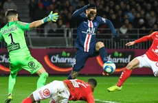 Substitute Icardi strikes late to steal win for PSG