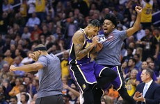 Kuzma clicks as Lakers finish strong, 76ers escape 'blowtorch'