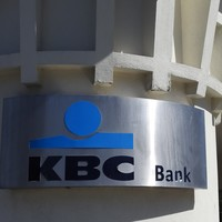 Calls for head of KBC group to apologise after comments about 'annoying' tracker mortgage scandal