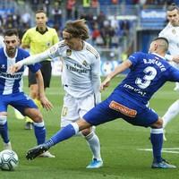 Carvajal the hero as Los Blancos go top of La Liga