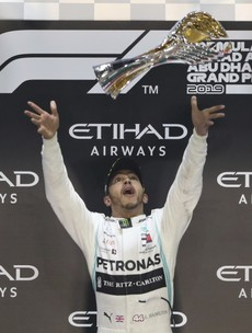 Hamilton puts a ribbon on F1 season with wire-to-wire Abu Dhabi win