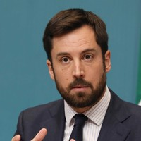 Eoghan Murphy says no-confidence motion is a 'stunt' and expects to win vote this evening