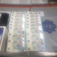 Gardaí arrest man in Dublin after €1,100 phone is bought with counterfeit €20 notes