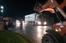 Farmers begin 12-hour blockade of major Lidl distribution centre in Cork