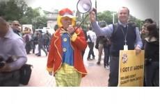 VIDEO: Eamon Dunphy in a clown suit on Grafton Street