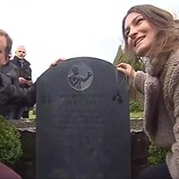 Headstone finally erected for African-American boxing great who died in Galway in 1818