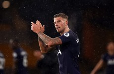 Alderweireld puts pen to paper on new Spurs deal until 2023