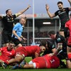 Exeter Chiefs win thrilling clash with Saracens to regain Premiership top spot