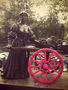 Now it's Molly Malone's turn to be yarnbombed