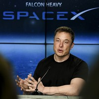 SpaceX launches 60 more Starlink satellites to test less reflective coating