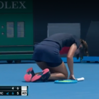 'I just couldn't breathe anymore' - Tennis player abandons Australian Open match played in thick smoke