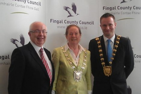 L to R: County Manager David O'Connor, new Deputy Mayor Councillor Peggy Hamill and new Mayor of Fingal Councillor Cian O'Callaghan
