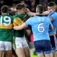 Clifford converts nerveless late free to hand Kerry draw in bad-tempered clash with Dublin