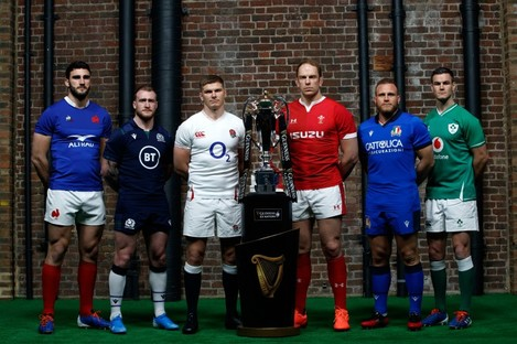 The captains with the Six Nations trophy.