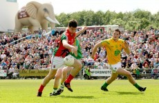 It's a stroll in the park for Mayo