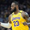 LeBron leads Lakers to victory, Irving sprains knee in Nets loss