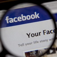 Sex offenders banned from Facebook in US state