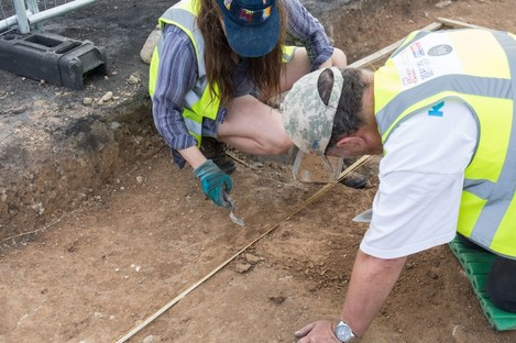 People working on the Gallows Hill site