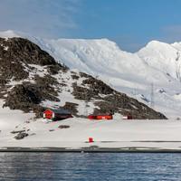 Antarctica records hottest ever temperature at over 18 degrees
